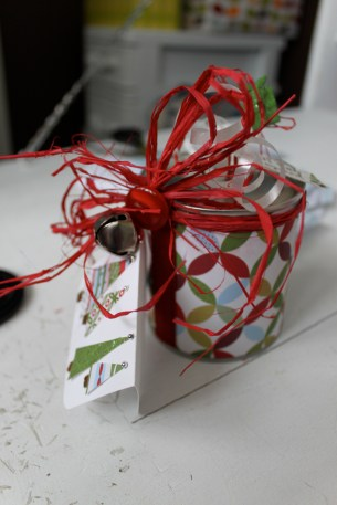 tab can gift wrap